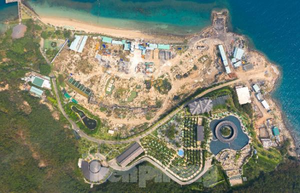 Xử phạt chủ dự án Hòn Tằm 117 triệu đồng vì lấp, lấn Vịnh Nha Trang  - Ảnh 2.