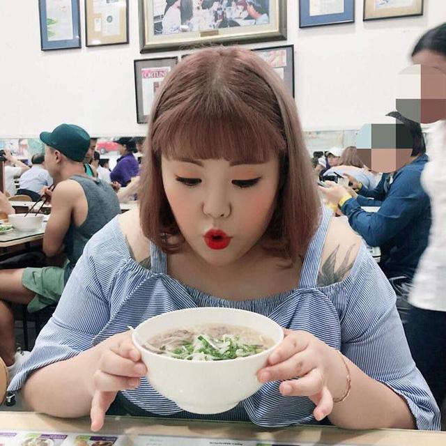 Số phận của những quán ăn Việt sau khi được các Tổng thống Mỹ ghé thăm đều thay đổi đến bất ngờ, nhưng gây tranh cãi nhất là hàng bún chả Obama - Ảnh 6.