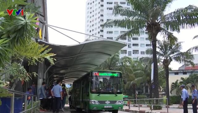 Hậu COVID-19, nhiều tuyến xe bus nguy cơ bị ngừng hoạt động - Ảnh 1.