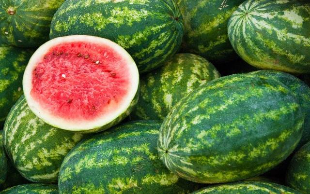 Bổ sung 10 loại trái cây, rau xanh này hàng ngày để vừa cấp nước, vừa tăng sức đề kháng trong mùa nắng nóng  - Ảnh 1.