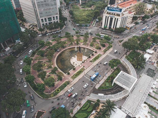 """Không tin vào mắt mình trước bộ ảnh chụp Sài Gòn từ trên cao đang """"gây bão"""" MXH: Xem hình, bạn đoán được đúng tên bao nhiêu địa điểm?  - Ảnh 17."""