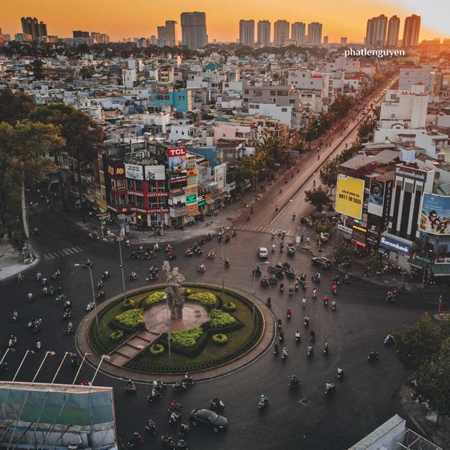 """Không tin vào mắt mình trước bộ ảnh chụp Sài Gòn từ trên cao đang """"gây bão"""" MXH: Xem hình, bạn đoán được đúng tên bao nhiêu địa điểm?  - Ảnh 23."""