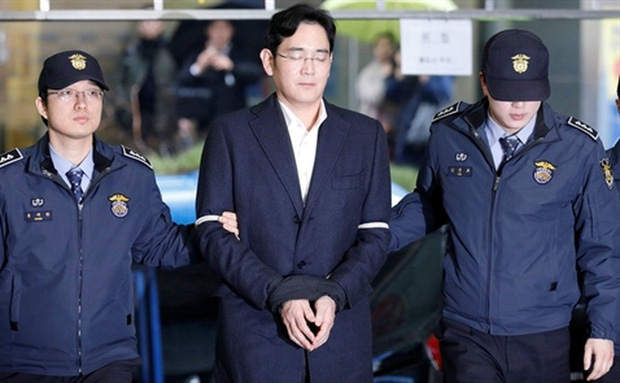 Samsung nín thở chờ phán quyết của tòa với Phó chủ tịch Lee: Danh tiếng tập đoàn và ngôi vị thái tử đang lung lay giữa lúc khó khăn trùng trùng - Ảnh 5.