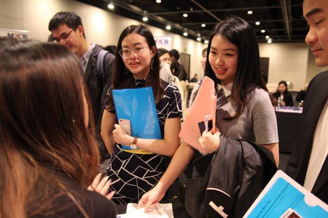 """Không sở hữu chiếc CV đẹp như mơ, ứng viên vẫn có thể """"mê hoặc"""" nhà tuyển dụng bằng 7 câu hỏi này  - Ảnh 1."""