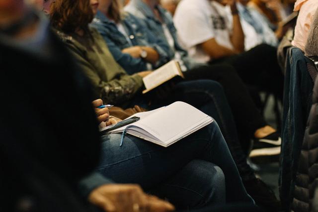 """Không sở hữu chiếc CV đẹp như mơ, ứng viên vẫn có thể """"mê hoặc"""" nhà tuyển dụng bằng 7 câu hỏi này  - Ảnh 2."""