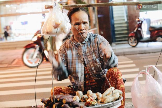 Có một chợ đêm Bến Thành buồn đến nao lòng: Khách Việt còn không có chứ nói chi khách nước ngoài - Ảnh 15.