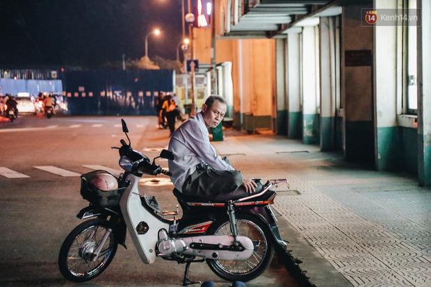 Có một chợ đêm Bến Thành buồn đến nao lòng: Khách Việt còn không có chứ nói chi khách nước ngoài - Ảnh 16.
