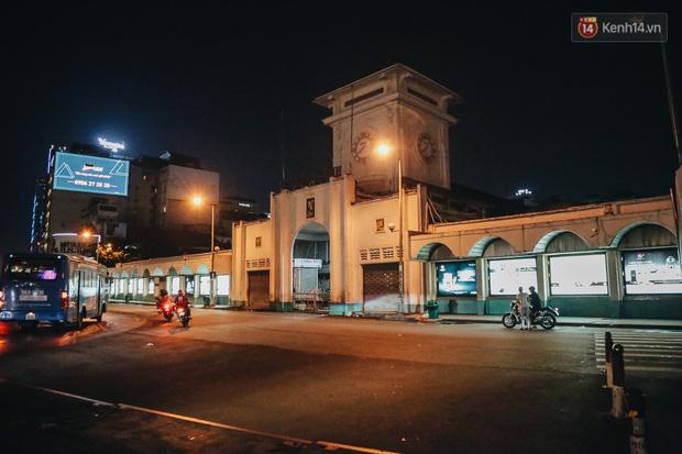 Có một chợ đêm Bến Thành buồn đến nao lòng: Khách Việt còn không có chứ nói chi khách nước ngoài - Ảnh 5.