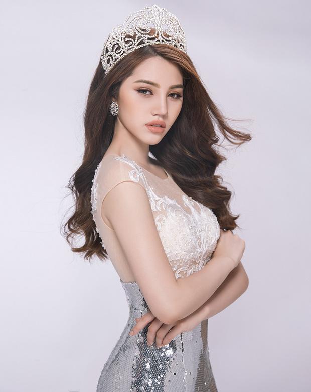 Hoa hậu rich kid Jolie Nguyễn: Vi vu nước ngoài, tậu đồ hiệu mỏi tay, tuyên bố tiêu 500 triệu/tháng không cần đại gia - Ảnh 1.