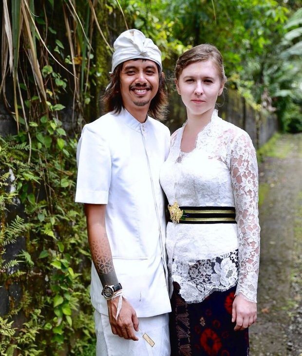 Bali chỉ là thiên đường giữa nhân gian? Cô gái Tây phương tới đây lấy chồng tiết lộ những sự thật không như quảng cáo của hòn đảo này - Ảnh 1.