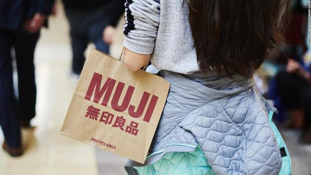 Nổi đình đám với triết lý tối giản, tại sao Muji lại rơi thế phá sản tại Mỹ? - Ảnh 1.