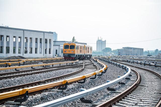 Đường sắt Cát Linh - Hà Đông chạy thương mại cuối năm 2020 - Ảnh 1.