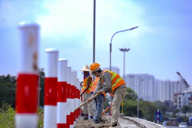 [Ảnh] Toàn cảnh đường vành đai 3 Mai Dịch - Nam Thăng Long nhìn từ trên cao sau gần 2 năm thi công  - Ảnh 5.