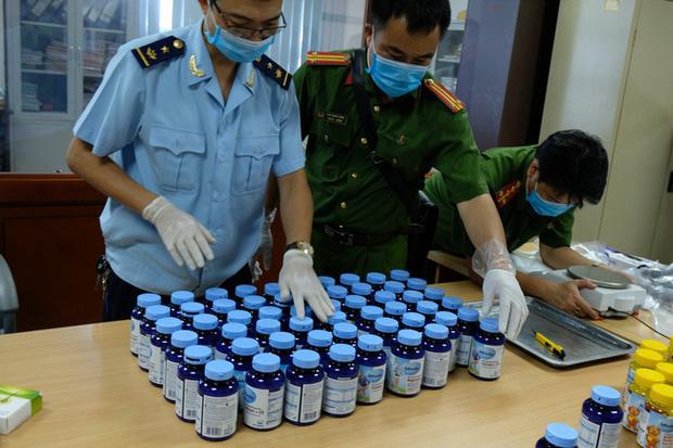 Bắt trùm ma túy sinh năm 2003 cùng đồng bọn 15 tuổi tàng trữ 43.000 viên ma túy tổng hợp - Ảnh 1.