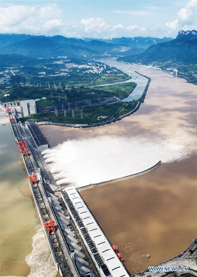 Đợt lũ thứ hai tràn về, nước hồ chứa đập Tam Hiệp cao kỷ lục  - Ảnh 5.