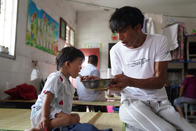Mưa lũ ở Trung Quốc: Vài ngày lại có kỷ lục mới, người dân bất ngờ và nỗi lo mất trắng  - Ảnh 3.