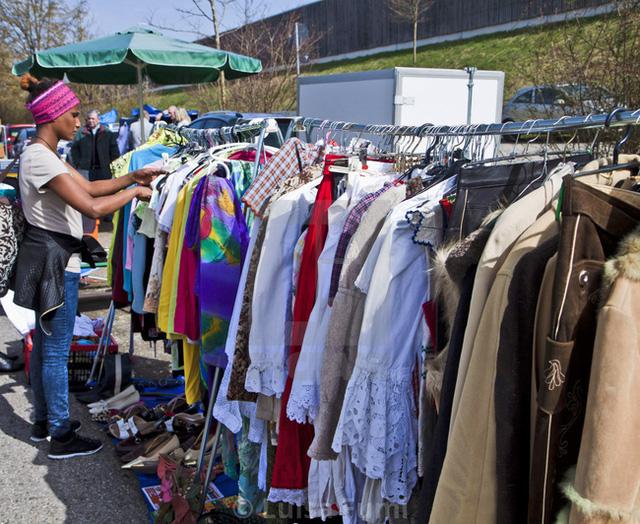 Tại sao thu nhập bình quân cao người Đức chỉ thích dùng đồ cũ, áo quần vài năm không mua mới?  - Ảnh 1.