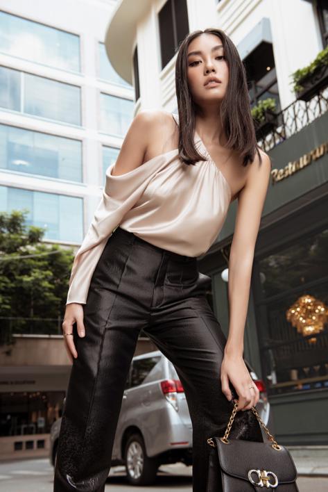 Biến ảo với 3 xu hướng thời trang hứa hẹn bùng nổ trong mùa xuân hè 2020 của nhà mốt Công Trí  - Ảnh 10.