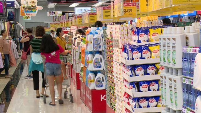 56% lượng hàng bán ra tại Việt Nam đến từ các chương trình khuyến mãi - Ảnh 1.