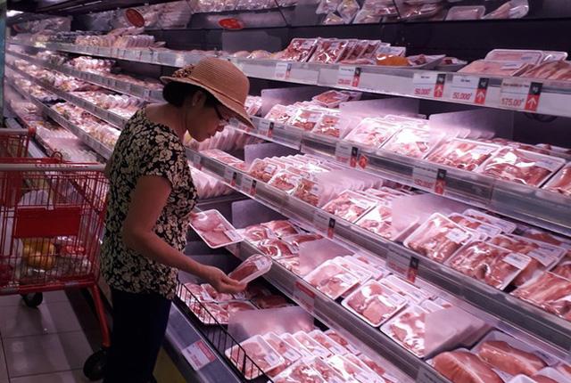 Giá thịt lợn vẫn trên trời, Bộ Công Thương lập đoàn kiểm tra - Ảnh 2.