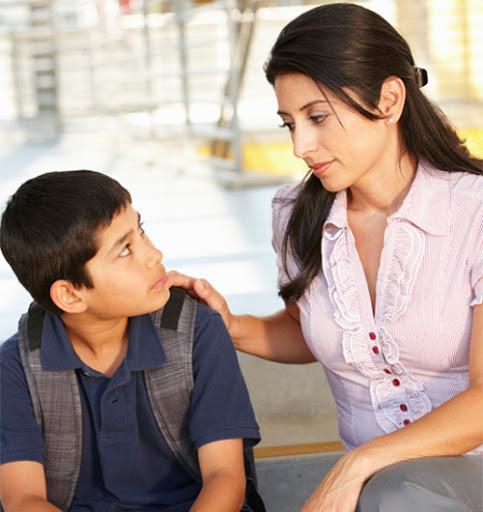 5 chữ giúp cha mẹ dạy trẻ biết kiểm soát tốt cảm xúc của bản thân: Hãy xem đó là những chữ gì! - Ảnh 1.