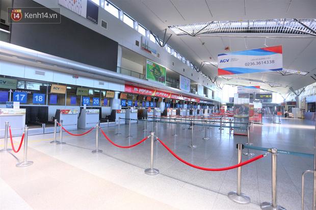 Hơn 200 du khách đang kẹt ở Đà Nẵng sẽ ở đâu và trở về nhà bằng cách nào? - Ảnh 1.