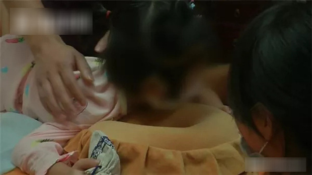 Bé gái mới 5 tuổi đã bị thoái hóa đốt sống cổ và không thể đi lại bình thường, nguyên nhân đến từ thói quen chiều chuộng con nhỏ mà nhiều bố mẹ mắc phải  - Ảnh 2.