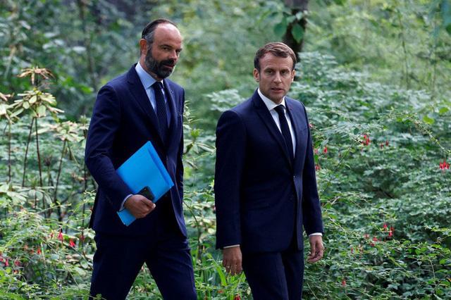 NÓNG: Thủ tướng Pháp từ chức  - Ảnh 1.
