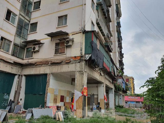 Tận thấy cảnh hoang tàn các khu nhà tái định cư ở Hà Nội  - Ảnh 4.