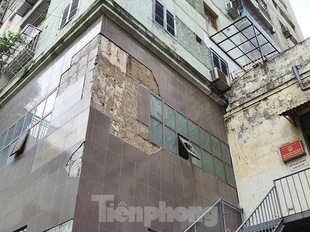 Tận thấy cảnh hoang tàn các khu nhà tái định cư ở Hà Nội  - Ảnh 10.