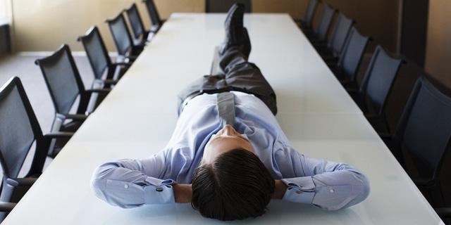 Đàn ông đi qua tuổi 35 rất dễ xuất hiện 4 dấu hiệu thất bại tiềm tàng, nếu có nhất định phải sửa  - Ảnh 1.