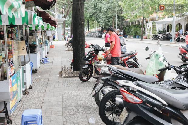 Phố hàng rong hợp pháp đầu tiên ở Sài Gòn hiện giờ ra sao sau gần 3 năm hoạt động? - Ảnh 13.