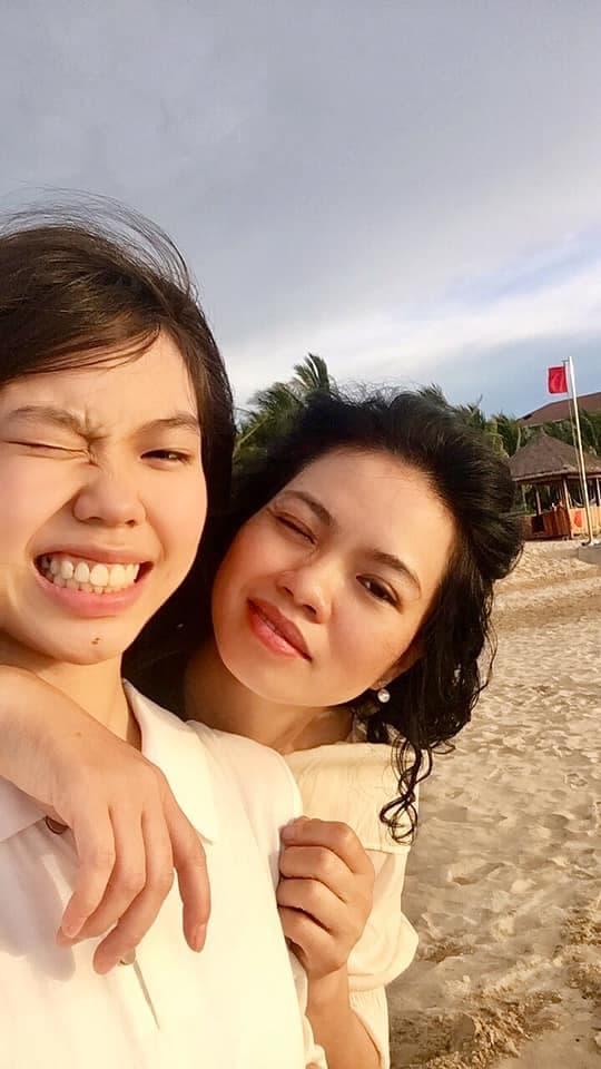 Sau 4 năm bố qua đời, con gái cố nghệ sĩ Trần Lập nay đã là nàng thiếu nữ phổng phao, xinh đẹp dịu dàng - Ảnh 3.