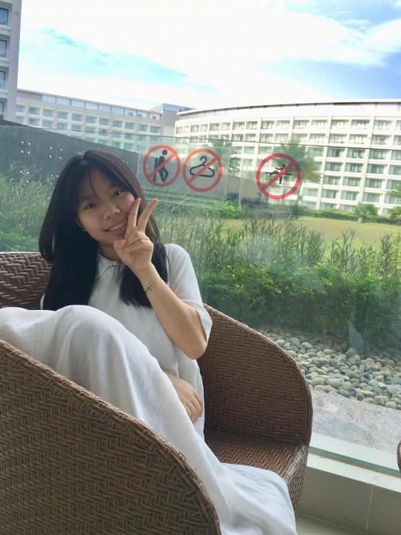 Sau 4 năm bố qua đời, con gái cố nghệ sĩ Trần Lập nay đã là nàng thiếu nữ phổng phao, xinh đẹp dịu dàng - Ảnh 7.
