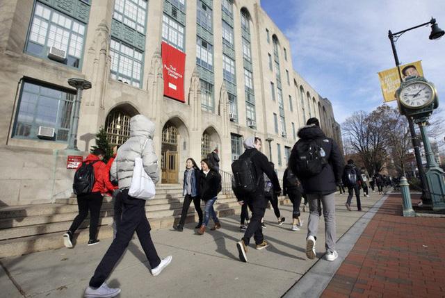Bộ Ngoại giao Mỹ lên tiếng vụ du học sinh có nguy cơ bị trục xuất  - Ảnh 1.