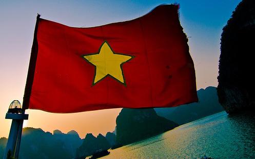 Báo Mỹ: 'Nền kinh tế Việt Nam sáng nhất châu Á'
