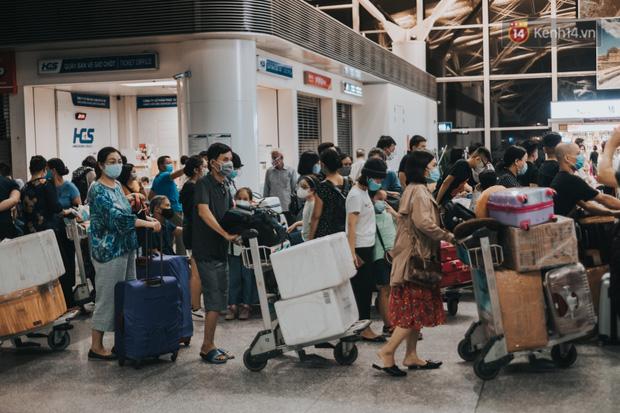 Hành trình tạm biệt quê hương của những du học sinh Việt: Chúng mình phải trở lại Ý dù thật lòng chưa muốn đi - Ảnh 1.