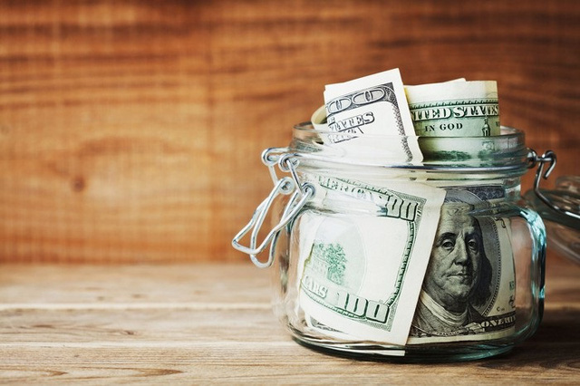 Kiếm tiền không dễ, giữ tiền lại càng khó hơn, vậy nên cho dù là ai cũng cần học cách ki bo với 8 kiểu vay mượn sau đây - Ảnh 2.