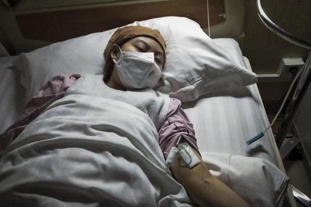 Thiếu nữ 17 tuổi qua đời vì ung thư thận, bác sĩ tìm hiểu nguyên nhân và mắng cha mẹ cô bé thiếu hiểu biết  - Ảnh 1.