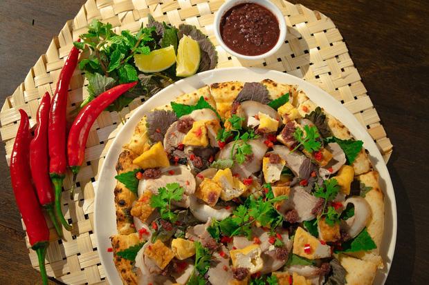 Mượn cảm hứng ẩm thực Việt như pizza bún đậu mắm tôm, pizza chả cá, McDonalds lần đầu ra mắt burger vị phở - hoà quyện thịt bò Úc với sốt Phở cùng húng quế, ngò gai - Ảnh 5.