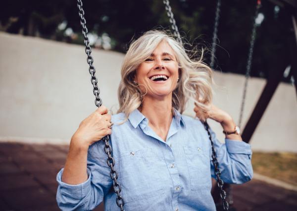 Trước tuổi 50, có 4 điều nhất định phải thay đổi để tuổi già không còn là nỗi ám ảnh: Sống nhàn nhã hay chật vật nửa đời sau, tất cả đều tự mình quyết định  - Ảnh 2.