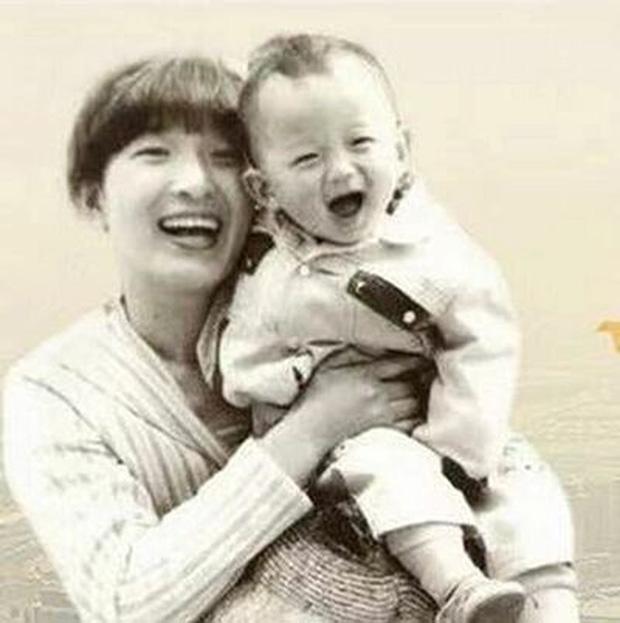 Hành trình 32 năm tìm lại con trai bị bắt cóc của người mẹ Trung Quốc - Ảnh 1.