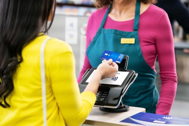 Thanh toán không tiếp xúc tại Việt Nam tăng gấp 5 lần - Ảnh 1.