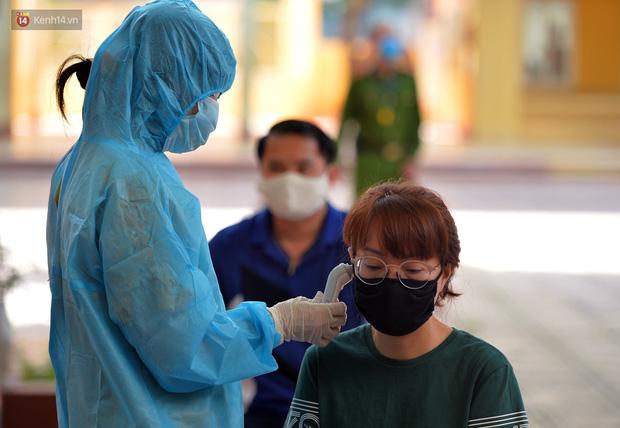 Ảnh: Hà Nội bắt đầu xét nghiệm PCR đối với người trở về từ Đà Nẵng - Ảnh 4.