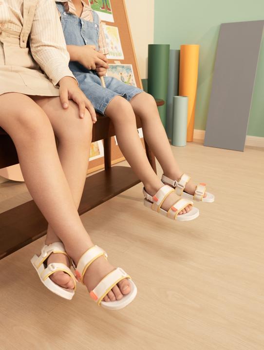 PEDRO KIDS ra mắt, bố mẹ tha hồ diện giày Tone-sur-tone cùng con  - Ảnh 2.