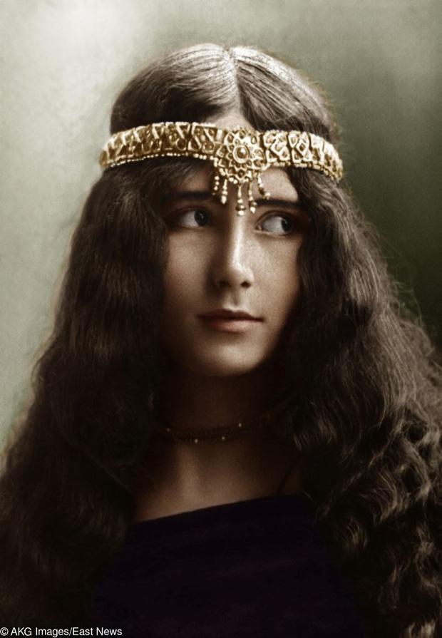 Chiêm ngưỡng nhan sắc kiều diễm, thanh tao của loạt mỹ nhân được mệnh danh đẹp nhất ở thế kỷ trước qua bộ ảnh quý hàng trăm năm tuổi - Ảnh 14.