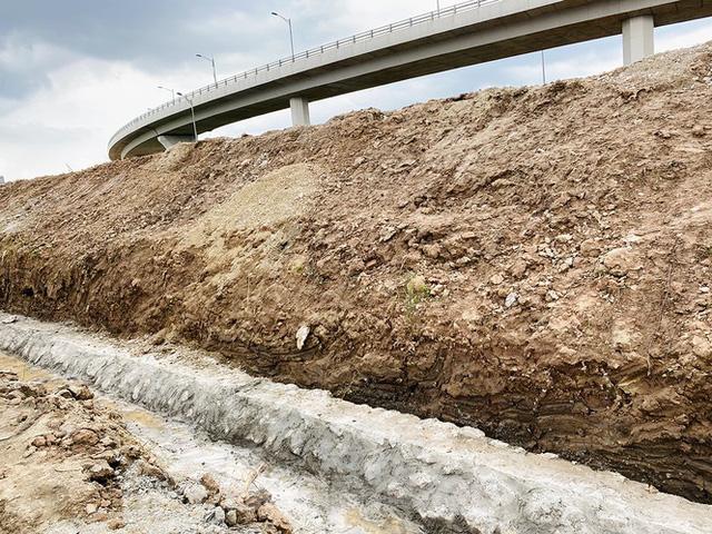 Toàn cảnh đại công trường 402 tỷ đồng nối vành đai 3 với cao tốc Hà Nội - Hải Phòng  - Ảnh 12.