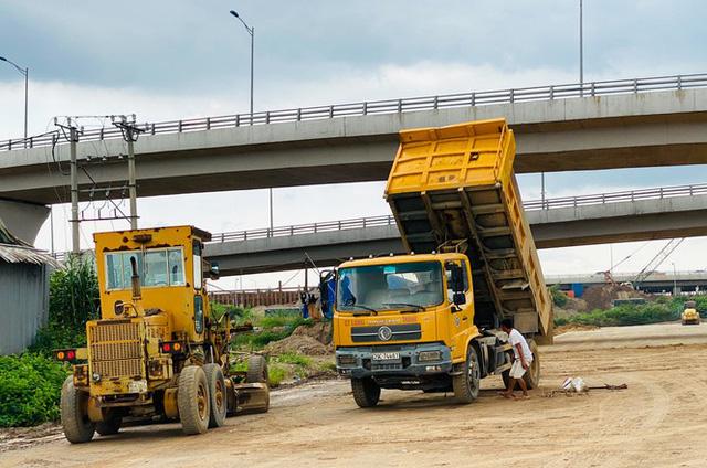 Toàn cảnh đại công trường 402 tỷ đồng nối vành đai 3 với cao tốc Hà Nội - Hải Phòng  - Ảnh 5.