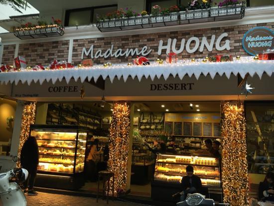 Nóng chuyện bánh Madame Huong: Bà chủ nói gì về tin nhắn ghi thế thuế vào đập chết?  - Ảnh 1.