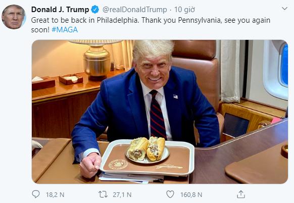 Bức ảnh ông Trump ăn bánh mì kiểu Việt gây bão, hút hơn nửa triệu like chỉ sau 8 giờ - Ảnh 1.